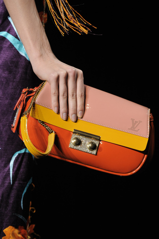 Loius Vuitton Bag_Spring 2011