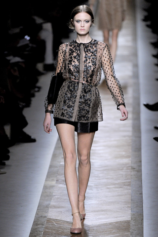 Valentino_Paris Fashion Week_Spring 2011