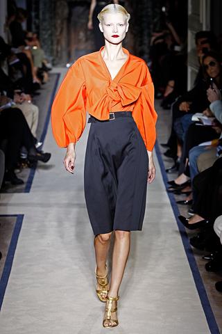 Yves Saint Laurent_Spring 2011_Paris Fashion Week