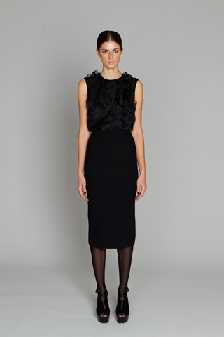 Monique Lhuillier_pre fall 2011_3