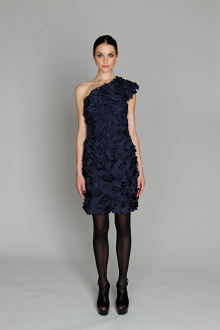 Monique Lhuillier_pre fall 2011_9