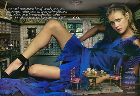 Natalia_Vodianova_alice_in_wonderland_vogue_2003_2