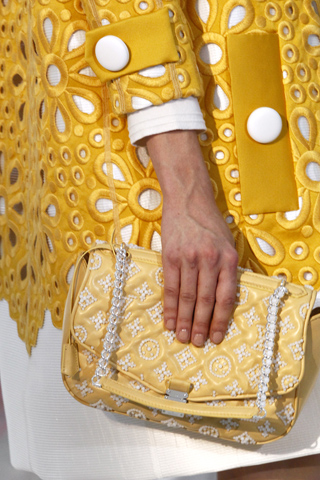 Louis Vuitton_Spring 2012 Bags_12