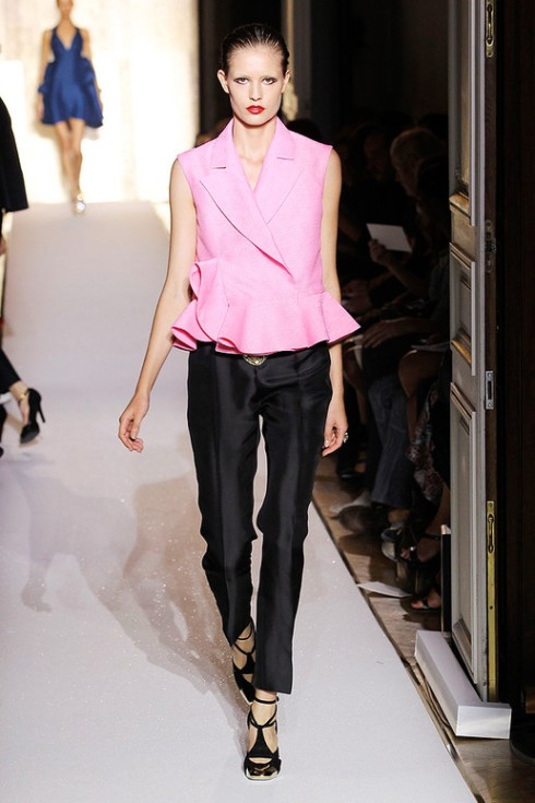 Picture 17_Yves Saint Laurent SPRING-2012