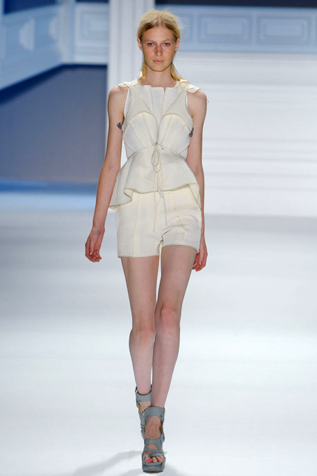 Picture 19_VERA WANG-SPRING-2012