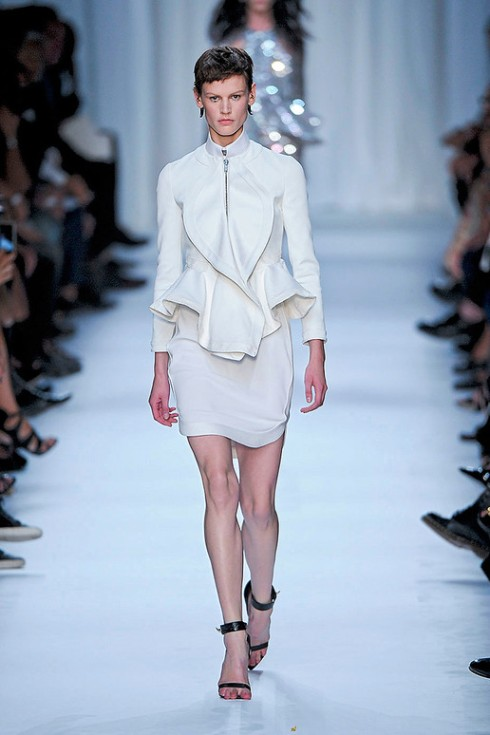 Picture 5_GIVENCHY SPRING 2012
