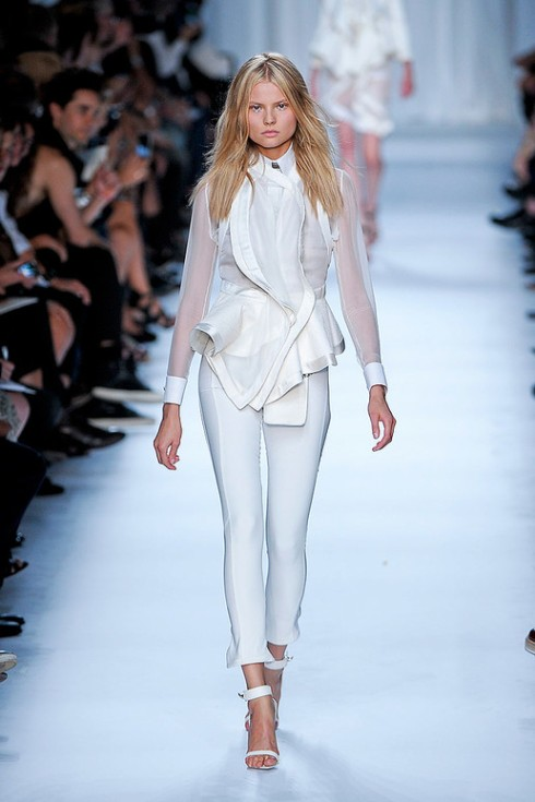 Picture 7_GIVENCHY SPRING 2012