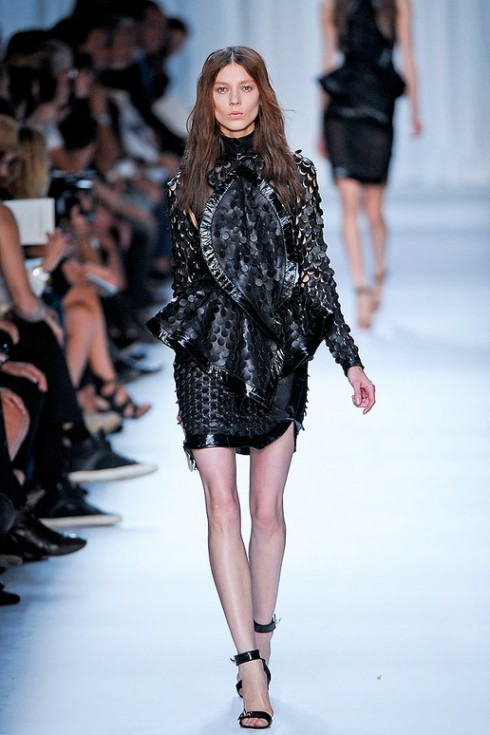Picture 8_GIVENCHY SPRING 2012