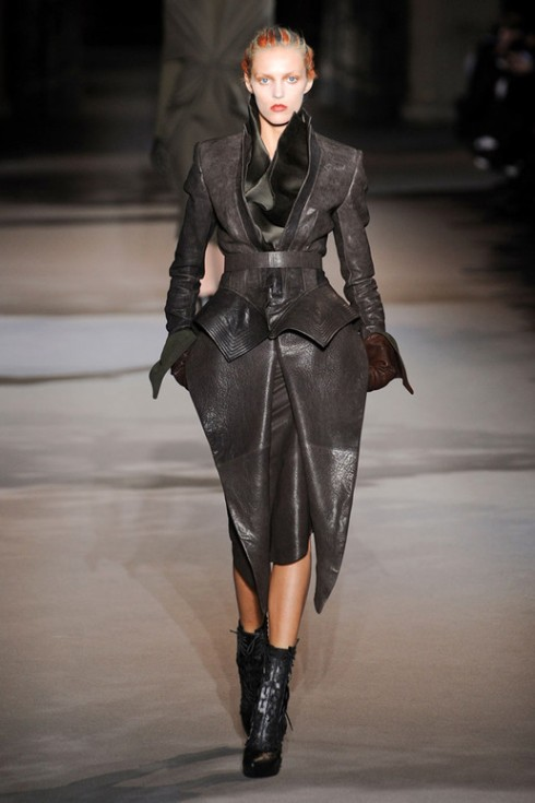HAIDER-ACKERMANN-FALL-2012_1