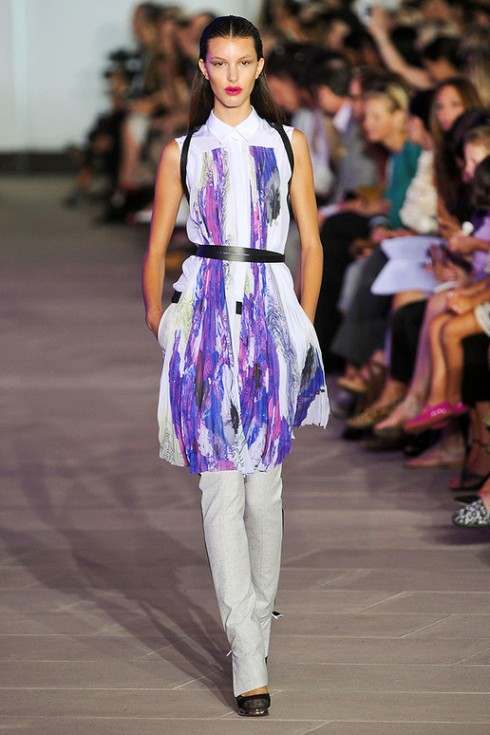 Pleats trend_PRABAL-GURUNG-SPRING-2012_1