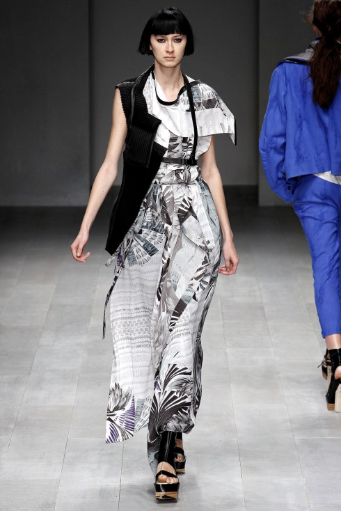 LFW_Fashion Fringe_Haizhen Wang_3