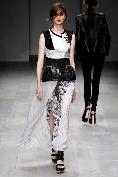 LFW_Fashion Fringe_Haizhen Wang_3b